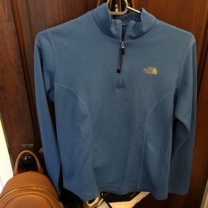 North Face 1/4 Zip Up